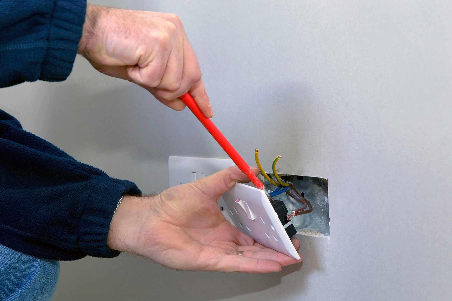 Our electricians can install plug sockets for domestic and commercial proeprties in Willesden and the local area.